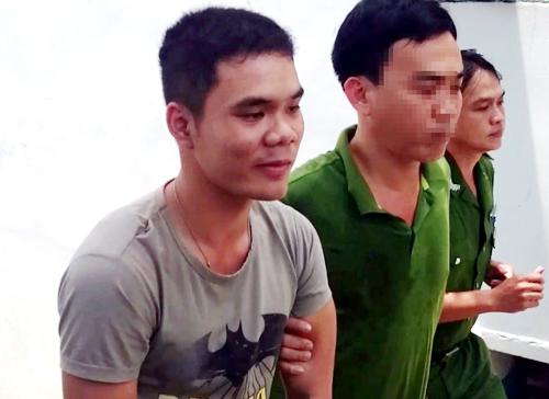 Trần Tuấn Phát bị bắt giữ. Ảnh: Xuân Mai.