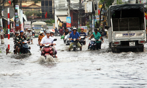 Hơn 1.000 tỷ đồng xây kè chống ngập cửa ngõ phía Đông TP HCM