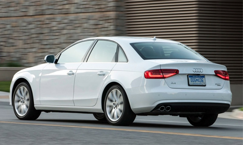 9-Audi-A4-7181-1440658828.jpg