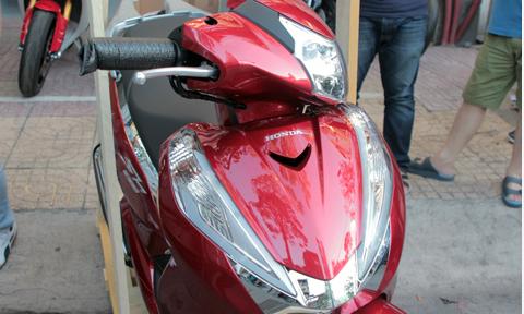 Honda SH300i 2015 đầu tiên về Việt Nam