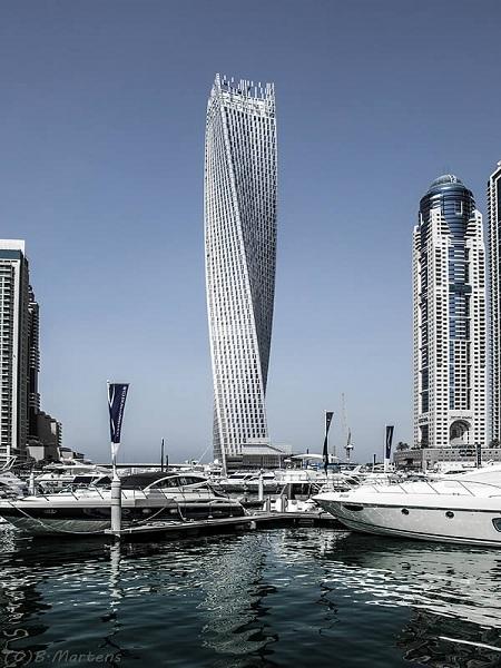 VNE-10-Amazing-Modern-Architectural-Wond