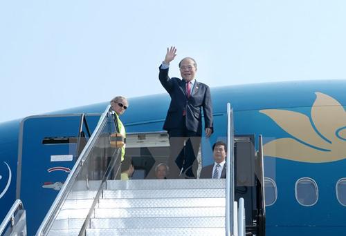 hủ tịch Quốc hội Nguyễn Sinh Hùng đến thành phố Boston, bang Massachusetts, bắt đầu chuyến thăm chính thức Hoa Kỳ. (Ảnh: Nhan Sáng/TTXVN)