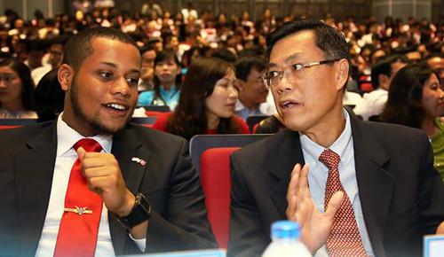 GS-Tuan-Nguyen-3876-1442461162.jpg