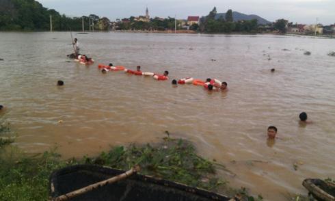 Một ngày 6 học sinh gặp nạn trong mưa lũ
