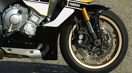 Yamaha-R1-Speed-Block-Limited-Edition-5.