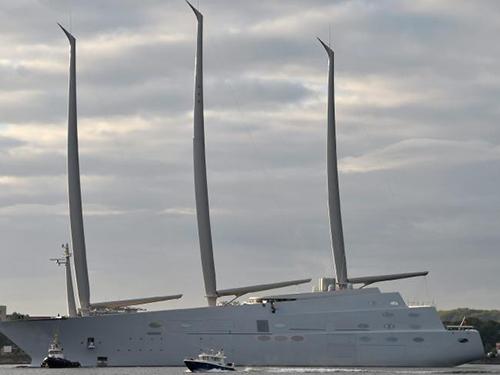 Siêu du thuyền lớn nhất thế giới của tỷ phú Nga