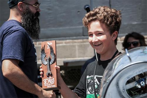 Cậu nhóc 14 tuổi giành giải độ xe của người lớn 2
