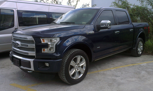 Ford-F150-Platinum-2.jpg