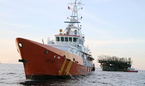 38 người được cứu sau nhiều ngày lênh đênh trên biển 1