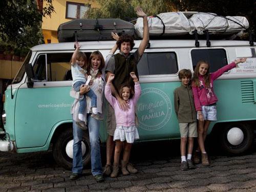 Giáo hoàng gặp gia đình đi xe suốt 6 tháng để đến Mỹ - ảnh 1