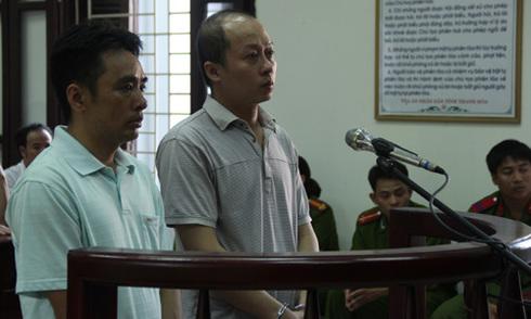 Cán bộ tòa 'chạy án treo' hơn 400 triệu đồng