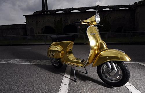 Vespa Polini - scooter dát vàng giá 47.000 USD 1