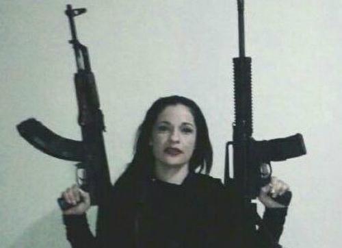 Nữ quái cầm đầu hàng trăm sát thủ ở Mexico 1