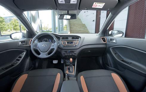 Hyundai i20 Active - hatchback ẩn bóng crossover 3