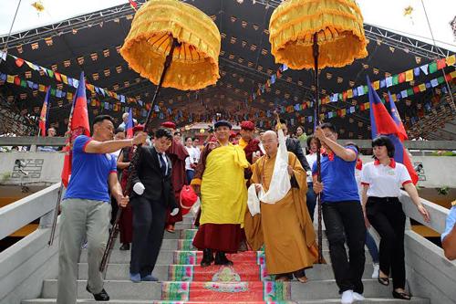 Đức Pháp Vương Drukpa đến TP HCM 9