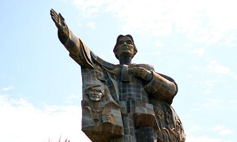 Chuyện ít biết về tượng đài được làm từ 7.000 vỏ đạn