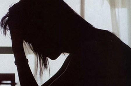 Thiếu nữ bị ép làm nô lê tình dục vì clip 'nóng'