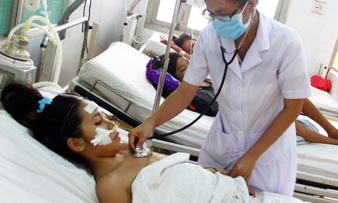 Sốt xuất huyết hoành hành ở Khánh Hòa, Nghệ An