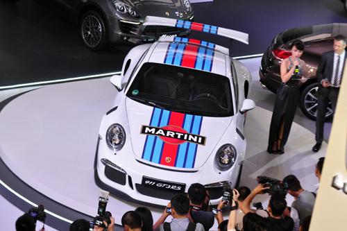 Top xe hơi nổi bật tại triển lãm ôtô quốc tế Việt Nam 1