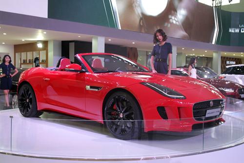 Top xe hơi nổi bật tại triển lãm ôtô quốc tế Việt Nam 4