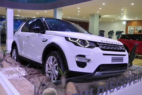 Top xe hơi nổi bật tại triển lãm ôtô quốc tế Việt Nam 5