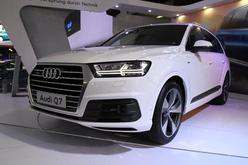 Top xe hơi nổi bật tại triển lãm ôtô quốc tế Việt Nam 2