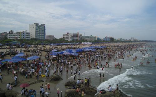 Thanh Hóa cải tạo toàn bộ bãi biển sầm uất nhất Sầm Sơn 1