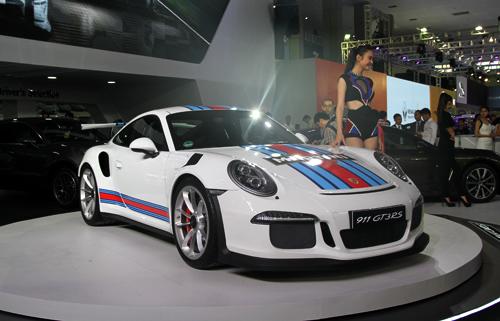 Porsche giới thiệu 8 mẫu xế sang cho khách Việt 3
