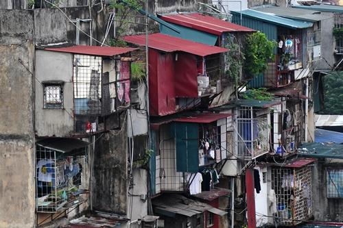 """Hà Nội có 42 chung cư """"xuống cấp đặc biệt nghiêm trọng"""" 1"""