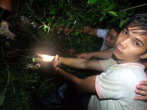 Hai nghi phạm thảm sát Bình Phước suy sụp