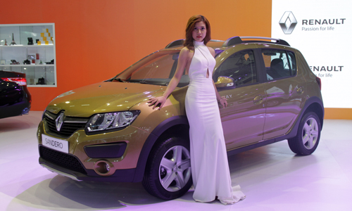 """Renault tung xe giá """"mềm"""" cho khách hàng Việt 3"""