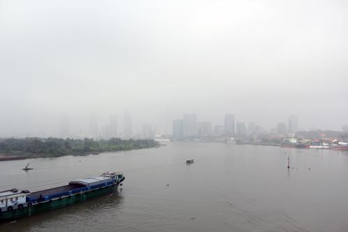 Sài Gòn lại chìm trong sương mù 1