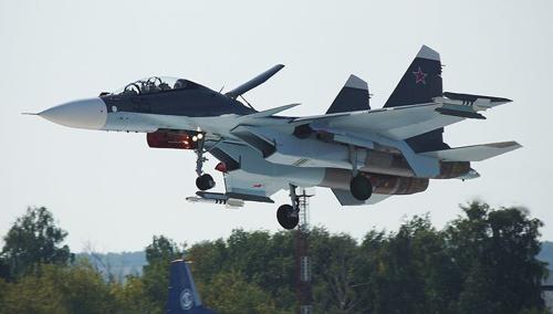 Tiêm kích Su-30SM Nga đọ sức F-16 Mỹ ở Syria 2