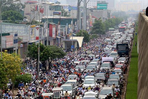 Hà Nội huy động thêm 200 cảnh sát cơ động chống ùn tắc 1