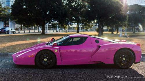 """Siêu xe Ferrari Enzo màu """"độc"""" nữ tính tại Nhật 4"""