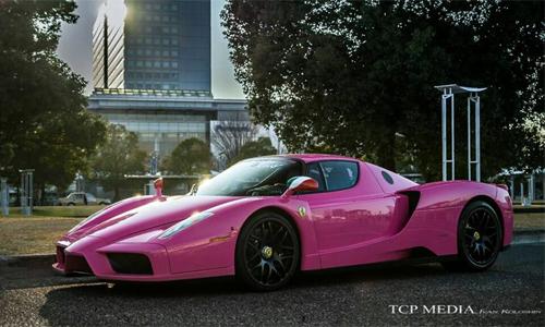 """Siêu xe Ferrari Enzo màu """"độc"""" nữ tính tại Nhật 5"""