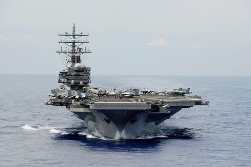 """Tàu sân bay Mỹ nguy cơ """"xếp xó"""" vì tên lửa Trung Quốc 1"""