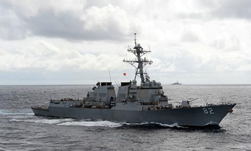 Chiến hạm Trung Quốc cảnh báo tàu tuần tra Mỹ ở Biển Đông