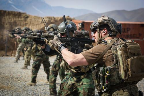 Mỹ dự định tung đặc nhiệm vào Syria để diệt IS 2