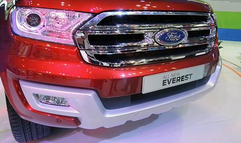 ford-everest-2015-trinh-lang-viet-nam-3