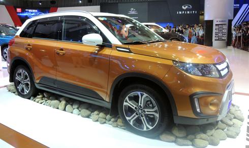 Suzuki Vitara 2015 có giá 730 triệu đồng 1