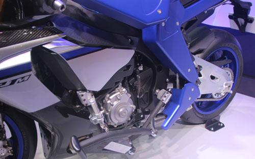 yamaha-phat-trien-robot-lai-moto-8