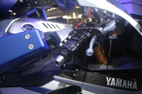 yamaha-phat-trien-robot-lai-moto-6