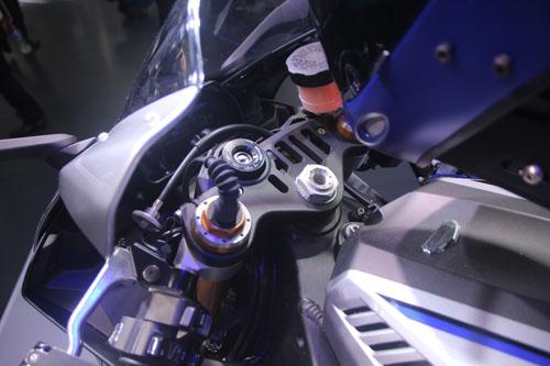 yamaha-phat-trien-robot-lai-moto-3