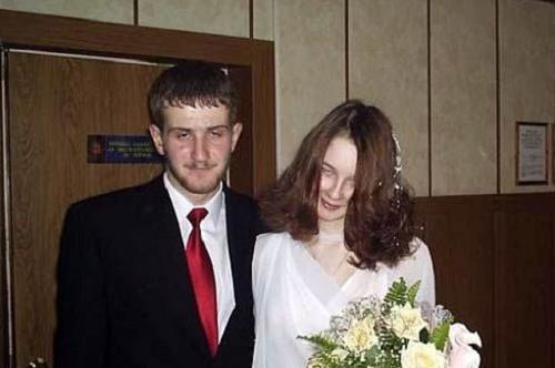 Khi đám cưới trong ngày Halloween.