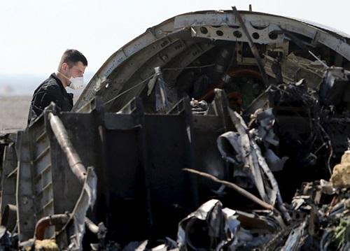 Những điểm đáng ngờ trong vụ rơi máy bay Nga 1