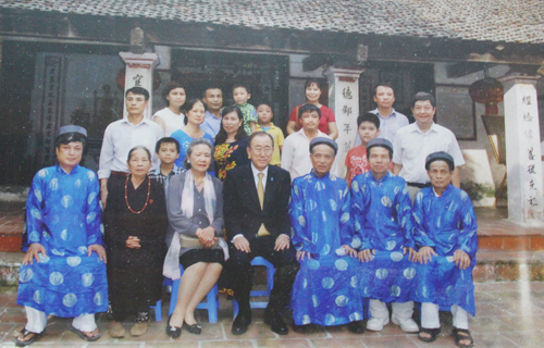 Người phát ngôn của Ban Ki-moon nói về chuyến thăm nhà thờ Phan Huy Chú 1