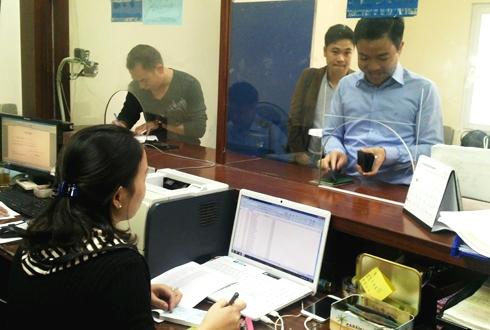 Việt Nam bắt đầu cấp giấy phép lái xe quốc tế 2