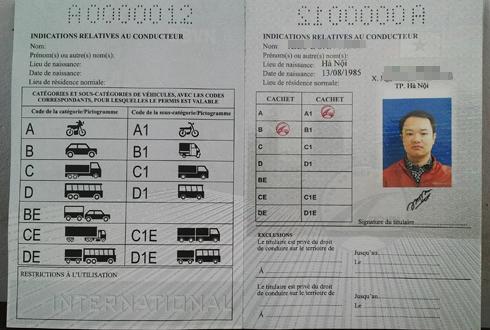 Việt Nam bắt đầu cấp giấy phép lái xe quốc tế 1
