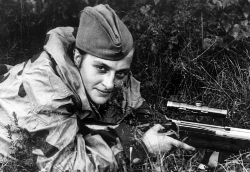 """""""Quý cô tử thần"""" - nữ xạ thủ bắn tỉa khiến phát xít khiếp sợ 1"""